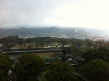 スタッフエージェントの軌跡-熊本城天守閣から眼下を望む